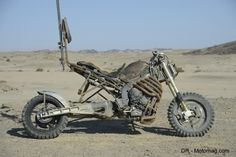 """A Close Look At Amazing Motorcycles Of """"Mad Max: Fury Road"""""""