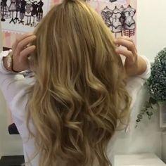 ¡Juernes! Luce pelazo y suéltate la melena!!! Feliz finde amores! 😘 #evapellejero #hair #peloprecioso