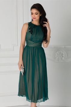 Rochie verde eleganta Aplicatie cu broderie la umar Fara maneci Bridesmaid Dresses, Wedding Dresses, One Shoulder, Girl Stuff, Formal Dresses, Casual, Fashion, Amazing Dresses, Stylish Dresses