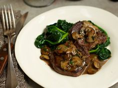 Steak Diane Diane-style features thinly sliced or pounded filet mignon with a buttery rich Cognac sauce. Steak Recipes, Wine Recipes, Cooking Recipes, Lamb Recipes, Steak Diane Recipe, Cooking Venison Steaks, Beef Steaks, Maine, Dinner Is Served