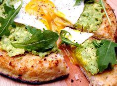 Cauliflower Crust Pizza with Avocado & Egg