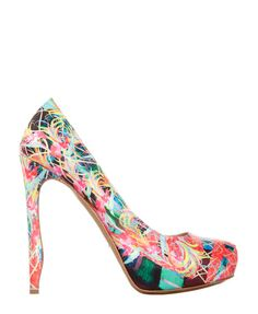 Can't wait to add these beauties to my shoe family! Nicholas Kirkwood Spring 2012
