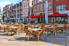Street Cafe, Gorinchem, The Netherlands jigsaw puzzle