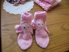 Hand Crafted Knit Baby Socks Pink Elephant Dreams.  Isn't this just too adorable? $17
