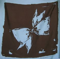This foulard is a reissue of an original design by Cristóbal Balenciaga, printed in the 1960s at the Subijana y Compañía ateliers in Billabona, Gipuzkoa, Spain.