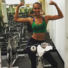 Pin for Later: 10 Times Lais Ribeiro Motivated Us to Work Out Like a Victoria's Secret Angel
