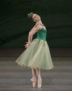 Tiler Peck | NYCB| Emeralds. - Ballet beautie, sur les pointes !