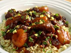 Come and read our easy recipe guide for making a Moroccan beef tagine. Written by experts, for you! Read on to find out...