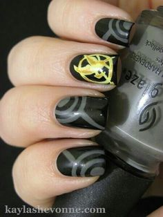 Nail Art Designs Create this Hunger Games nail art look with striping tape and nail art tools. May the odds be ever in your favor!Create this Hunger Games nail art look with striping tape and nail art tools. May the odds be ever in your favor! Love Nails, How To Do Nails, Pretty Nails, Fun Nails, Hunger Games Nails, Tribute Von Panem, Nail Art Tools, Cute Nail Designs, Cool Nail Art