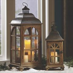 set of 2 lanterns nc Fairy Lanterns, Metal Lanterns, Lanterns Decor, Candle Lanterns, Bottle Candles, Bottles, Beautiful Table Settings, Outdoor Spaces, Outdoor Decor