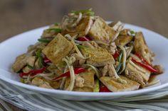 Vídeo-receta: Salteado de tofu con brotes de soja