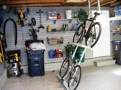 Rangement des vélos pratique                                                                                                                                                                                 Plus
