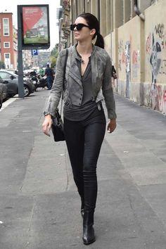 101 Kendall Jenner Outfits and Street Style Inspiration Khloe Kardashian, Robert Kardashian, Kardashian Kollection, Look Fashion, Autumn Fashion, Womens Fashion, Fashion Outfits, Cannes, Celebridades Fashion