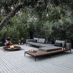 Favourites Restocked!  Grid is a water safe outdoor sofa with powder coated aluminum frames, nautical cushion technology and buffed teak table tops. Contemporary, comfy, durable and beautiful ✔️ Designed by Henrik Pedersen for Gloster. #gloster #grid #contemporary #timeless #luxury #outdoorsofa #coshliving #alfresco #outdoorliving #landscaping #design #lovelifeoutside