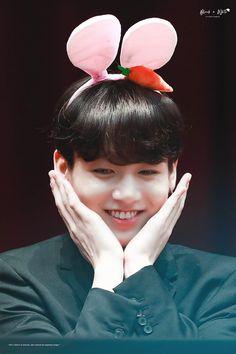 Foto Jungkook, Foto Bts, Kookie Bts, Maknae Of Bts, Jungkook Cute, Jimin, Jung Kook, Taekook, Bts Korea