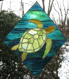 Sea Turtle stained glass panel by GlassKissinCreations on Etsy Stained Glass Designs, Stained Glass Panels, Stained Glass Projects, Stained Glass Patterns, Stained Glass Art, Leaded Glass, Mosaic Art, Mosaic Glass, Mosaic Crafts