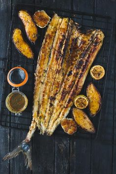 healthy fish recipes - braaied-whole-snoek-apricot-basting Braai Recipes, Barbecue Recipes, Vegan Recipes, Cooking Recipes, West African Food, South African Recipes, Fried Fish Recipes, Seafood Recipes, Mint Salad