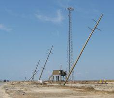 damaged transmission lines Power Electronics, Transmission Line, Integrity, Utility Pole, Cities, Architecture, Arquitetura, Data Integrity, Architecture Design