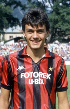 Early first team shot of Paolo.