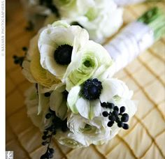 elegant and fresh. perfect for a white, cream, baby blue, and grey wedding :)