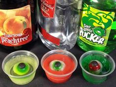 lots of neat Jell-o shot ideas for Halloween