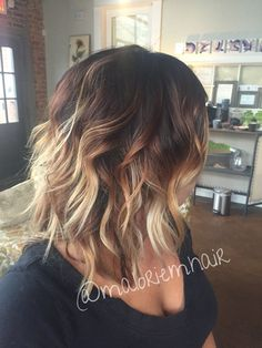 Balayage Hair Color Ideas for Shoulder Length Hair. After the hot ombre hairstyles, more and more people trying the balayage,Balayage hairstyles and trends for dark . Balayage Bob, Hair Color And Cut, Ombre Hair Color, Blonde Ombre, Dark Ombre, Medium Hair Styles, Curly Hair Styles, Bob Hairstyles, New Hair