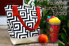 Zaaberry: Insulated Lunch Tote Tutorial - Lunch Bag - Ideas of Lunch Bag Sewing Tutorials, Sewing Crafts, Sewing Projects, Craft Projects, Sewing Patterns, Purse Patterns, Serger Projects, Free Tutorials, Kids Patterns