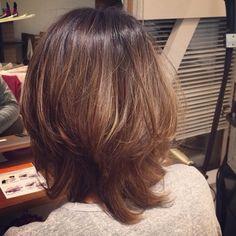 「朝ドラのヒロインに学ぶ、マッシュウルフな外はねヘアスタイルをcheck」に含まれるinstagramの画像