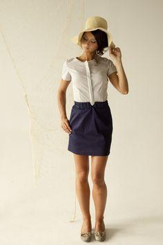 Cute! Simple Dresses, Denim Skirt, Fashion Beauty, Creations, Mini Skirts, Cute, Designers, Style, Front Steps