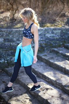 Fitness Outfits - Want Great Ideas About Fitness? Look Here! Cute Gym Outfits, Sport Outfits, Workout Attire, Workout Wear, Jogging, Womens Workout Outfits, Fitness Outfits, Happily Grey, Workout Clothes Cheap