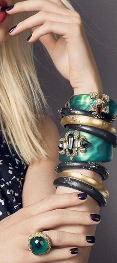 Alexis Bittar 'Siyabona' malachite cushion ring, 'Teatro Moderne' bracelet, Smoky Dust small hing bracelets (Nordstrom Exclusive), & dust skinny tapered bracelets ♥✤ | KeepSmiling | BeStayBeautiful