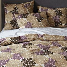 For Guest Room [Organic Fall Blooms Duvet Cover + Shams Master Bedroom Bathroom, Bedroom Decor, Contemporary Duvet Covers, Bed Duvet Covers, Queen Duvet, Soft Furnishings, Home Accessories, Modern Furniture, West Elm