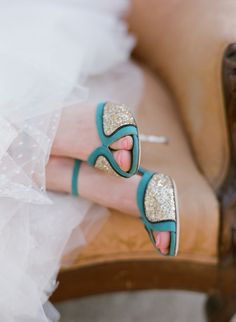 Teal and gold. Kate Spade. Photography: Michael & Anna Costa Photography ~ Anna Costa - michaelandannacosta.com