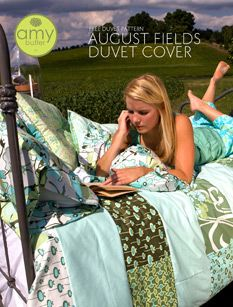 amy butler August Fields pattern-Again, a simple quilt that looks amazing. Taking it down to 5 patterns would be easy. Quilt Patterns Free, Free Pattern, Sewing Patterns, Quilting Projects, Sewing Projects, Craft Projects, Craft Ideas, Duvet Cover Tutorial, Amy Butler Fabric