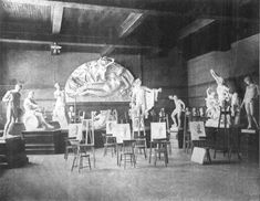 Photograph of the Art Association of Montreal sculpture room showing plaster copies of antique statues such as the Venus de Milo, the Apollo Belvedere, and the Laocoön group, which students were asked to draw, published in The Standard, November 18, 1905, Montreal Museum of Fine Arts archives. #ArtCanInstitute #CanadianArt