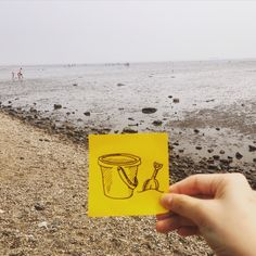 Beach toy #postitdoodle #postit #doodle #westsea #sea #beach #toy #drawing #vacation #mudflat #basket #shovel #daily #everyday #yellow #paper #memo #follow