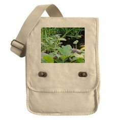 GROWING GOURDS Field Bag