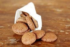 biscoito integral de canela Wine Recipes, Dog Food Recipes, Dessert Recipes, Cooking Recipes, Desserts, Other Recipes, Sweet Recipes, Pancakes And Waffles, Cook At Home