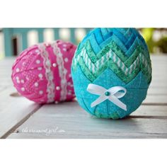 quilted fabric Easter egg pattern  tutorial $10.00 at Ornament Girl