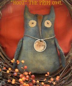 Hoot the Primitive Owl Tuck-Sitter-Collectible-Fall-Autumn door hanger OFG TEAM AB4B