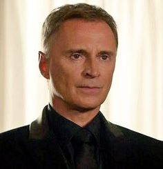 I can't believe Robert Carlyle invented looking like art