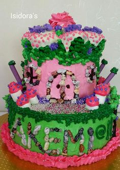 A fairyhouse inspired cake by Isidora's