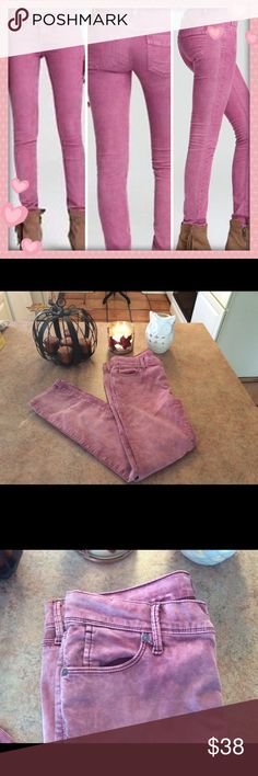 🦉Free people washed pink skinny corduroys🦉 In good used condition condition- please note the pants listed are a paler pink ( washed pink)  Cotton and spandex   Waist measures approx 16 inches across   Inseam approx 26 1/4 inches Free People Jeans Skinny