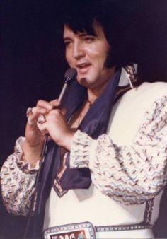 1976 5 27  20h30 Bloomington, Indiana
