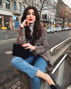 Winter outfits with few clothes to not look like a scallion - Women's Fashion Mode Outfits, Casual Outfits, Fashion Outfits, Fashion Trends, Girly Outfits, Jean Outfits, Casual Dresses, Look Fashion, Winter Fashion