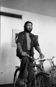Julio Cortázar, ciclismo metafísico