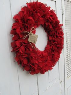 Red burlap wreath, perfect for valentine's day