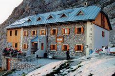 Acht Hütten in Klettersteig-Nähe