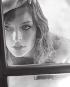 Milla Jovovich as Rachel Grimes. Novel: Survive