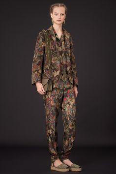 Модные брюки весны 2015 - В тренде - ИЛЬ ДЕ БОТЭ - магазины парфюмерии и косметики